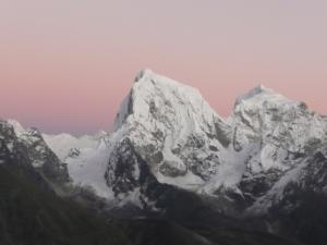 Purple haze behind Cholatse & Tawache summits