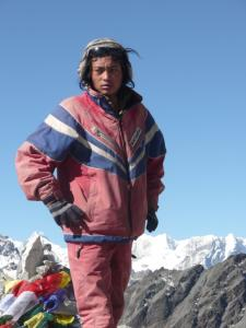 Super-sherpa on top of Cho La