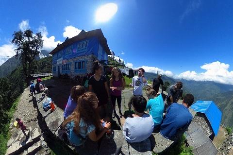 Students trekking in Solu Khumbu