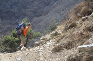 Trekking up towards Mong La pass